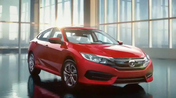 2016 Honda Civic TV Spot, 'The Dreamer: Fantasy' Song by Empire of the Sun - Thumbnail 7