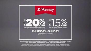 JCPenney Big Bonus Sale TV Spot, 'Athletic Apparel' - Thumbnail 5