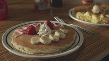 IHOP Kids Eat Free TV Spot, 'Battle of the Ages' - Thumbnail 9