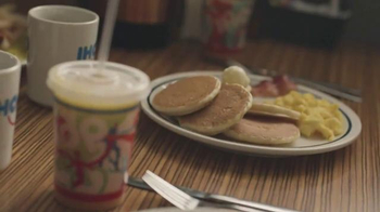 IHOP Kids Eat Free TV Spot, 'Battle of the Ages' - Thumbnail 6