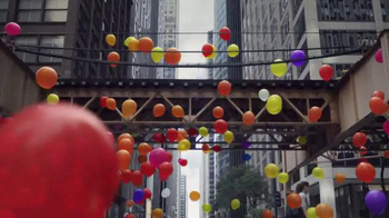 Apple iPhone 7 TV Spot, 'Balloons' Song by Toulouse - Thumbnail 6