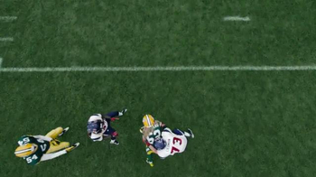 Verizon NFL Mobile TV Spot, 'Pile' Featuring Clay Matthews - Thumbnail 4