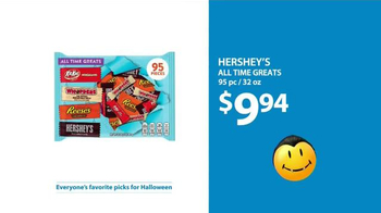 Walmart TV Spot, 'Halloween: All Time Greats' Song by Whodini - Thumbnail 9