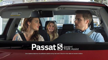 Volkswagen Passat TV Spot, 'The Road' Song by Willie Nelson - Thumbnail 4
