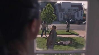 Amazon Echo TV Spot, 'Alexa Moments: Zombie Commute' - Thumbnail 3