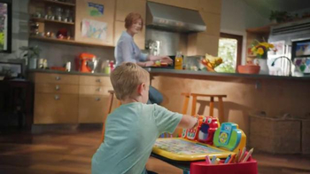 Touch & Learn Activity Desk Deluxe TV Spot, 'Learning Through Play' - Thumbnail 2