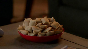 Totino's Pepperoni Pizza Rolls TV Spot, 'Staying In' - Thumbnail 6