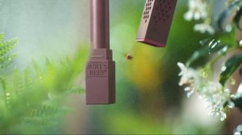 Burt's Bees Lipstick TV Spot, 'Lipstick Love' Song by The Blah Blah Blahs - Thumbnail 1