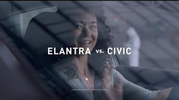 2017 Hyundai Elantra TV Spot, 'Mejor es la razón: crusher' [Spanish] - Thumbnail 2