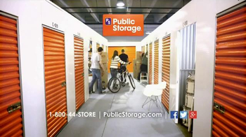 Public Storage TV Spot, 'Moving Emily's Playhouse Into Storage' - Thumbnail 3
