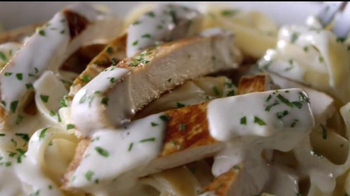 Olive Garden Never Ending Pasta Bowl TV Spot, 'It's Back' - Thumbnail 4
