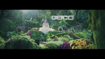 GEICO TV Spot, 'Sleeping Beauty: It's What You Do' - Thumbnail 8