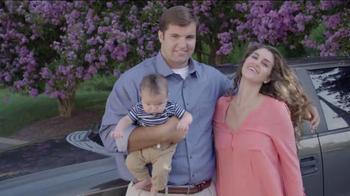 USAA TV Spot, 'Member Voices: NFL's Alejandro Villanueva' - Thumbnail 6