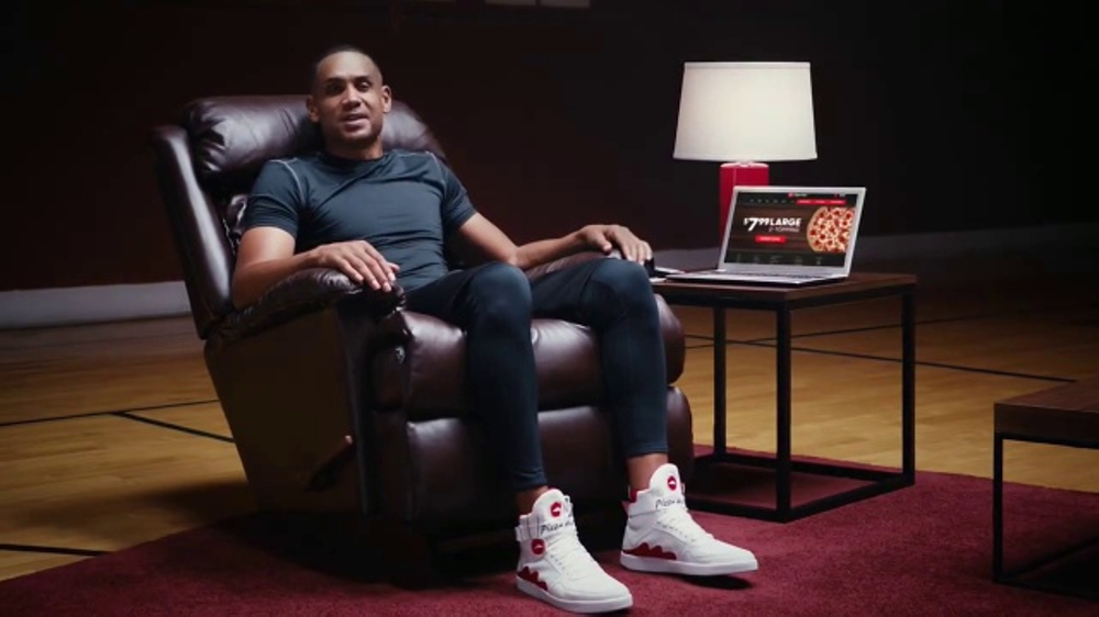 e2e530fe8931b Pizza Hut TV Commercial, 'Pie Tops' Featuring Grant Hill - iSpot.tv