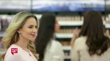 Walgreens TV Spot, 'Productos de belleza favoritos' [Spanish] - Thumbnail 2