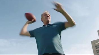 SKECHERS Air-Cooled Memory Foam TV Spot, 'Demo' Featuring Joe Montana - Thumbnail 5