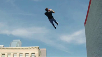 SKECHERS Air-Cooled Memory Foam TV Spot, 'Demo' Featuring Joe Montana - Thumbnail 6