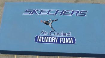 SKECHERS Air-Cooled Memory Foam TV Spot, 'Demo' Featuring Joe Montana - Thumbnail 8