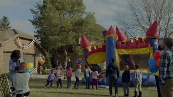 Kraft Macaroni & Cheese TV Spot, 'Bounce House' - Thumbnail 2