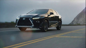 Lexus RX TV Spot, 'Ahead of the Curve' [T1] - Thumbnail 9