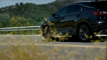 Lexus RX TV Spot, 'Ahead of the Curve' [T1] - Thumbnail 6