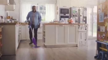 Swiffer WetJet TV Spot, 'Princess & Dirty Hardwood Floor' Song by Blondie - Thumbnail 8