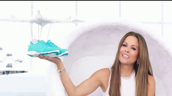 SKECHERS Skech-Knit TV Spot, 'El futuro' con Brooke Burke-Charvet [Spanish] - 481 commercial airings