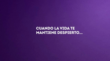 Vicks ZzzQuil TV Spot, 'Problemas de auto' [Spanish] - Thumbnail 5