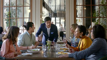 AT&T Datos Ilimitados TV Spot, 'Restaurante: 4 líneas' [Spanish] - Thumbnail 2