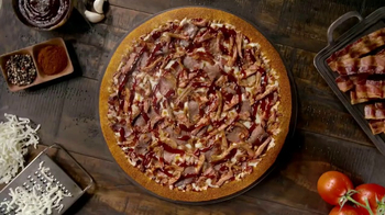 Little Caesars Smokehouse Pizza TV Spot, 'Big Moe Certified' - Thumbnail 1