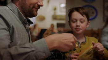 Olive Garden Buy One Take One TV Spot, 'An Irresistible Meal' - Thumbnail 2