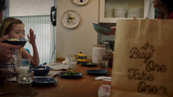 Olive Garden Buy One Take One TV Spot, 'An Irresistible Meal' - Thumbnail 6