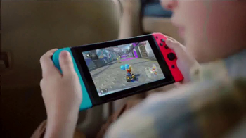 Nintendo Switch TV Spot, 'Play at Home or on the Go' - Thumbnail 7