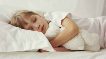 Ashley HomeStore Hope to Dream Program TV Spot, 'Beds for Kids' - Thumbnail 7