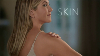 Aveeno TV Spot, 'Skin Wellness in One Day' Featuring Jennifer Aniston - Thumbnail 6