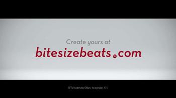 M&M's TV Spot, 'Bite-Size Beat by Kelly S, Cumberland, ME' - Thumbnail 7