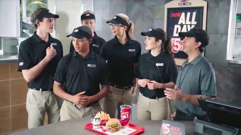 Girl plays at burger place - 4 9