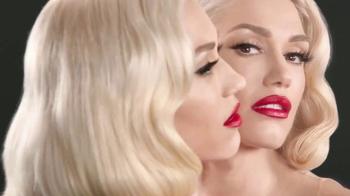 Revlon Super Lustrous Lipstick TV Spot, 'Estilo' con Gwen Stefani [Spanish] - 138 commercial airings