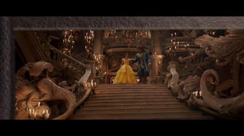 HomeAway TV Spot, 'Beauty and the Beast: Be Our Guest' - Thumbnail 5