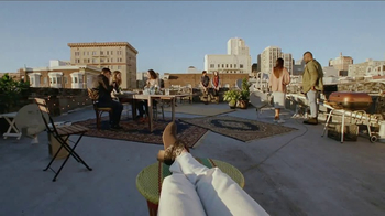 Bank of the West Mobile Banking App TV Spot, 'Rooftop' - Thumbnail 2