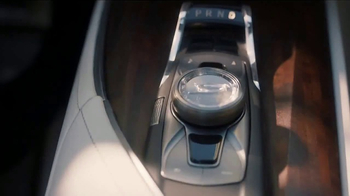 Cadillac TV Spot, 'Pedestal' - Thumbnail 7