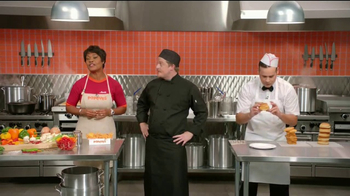 Popeyes $5 Butterfly Shrimp Tackle Box TV Spot, 'Eric's Cook-Off' - Thumbnail 3