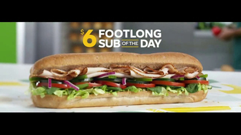 Subway $6 Footlong Sub of the Day TV Spot, 'Lunchtime' - Thumbnail 4