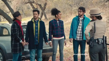 Old Navy TV Spot, 'The Right to Remain Stylish' Feat. Julia Louis-Dreyfus - Thumbnail 3