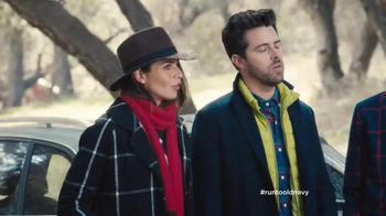 Old Navy TV Spot, 'The Right to Remain Stylish' Feat. Julia Louis-Dreyfus - Thumbnail 5