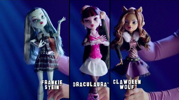 Monster High Extra Tall Ghouls TV Spot, 'Extra Large Fashion' - Thumbnail 2