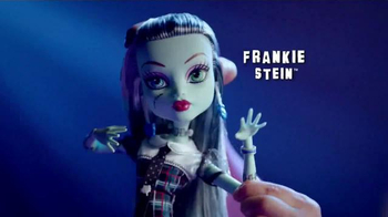 Monster High Extra Tall Ghouls TV Spot, 'Extra Large Fashion' - Thumbnail 3