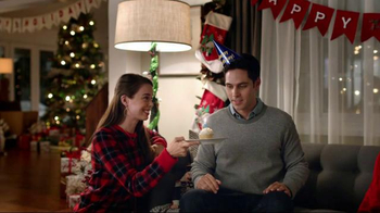 Best Buy TV Spot, 'Win the Holidays at Best Buy: Combo Gift' - 907 commercial airings