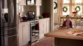 The Home Depot TV Spot, 'How Do You Host the Holidays' - Thumbnail 8