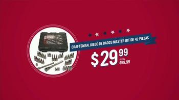 Sears Venta del Día de los Veteranos TV Spot, 'Abrigos y botas' [Spanish] - Thumbnail 4